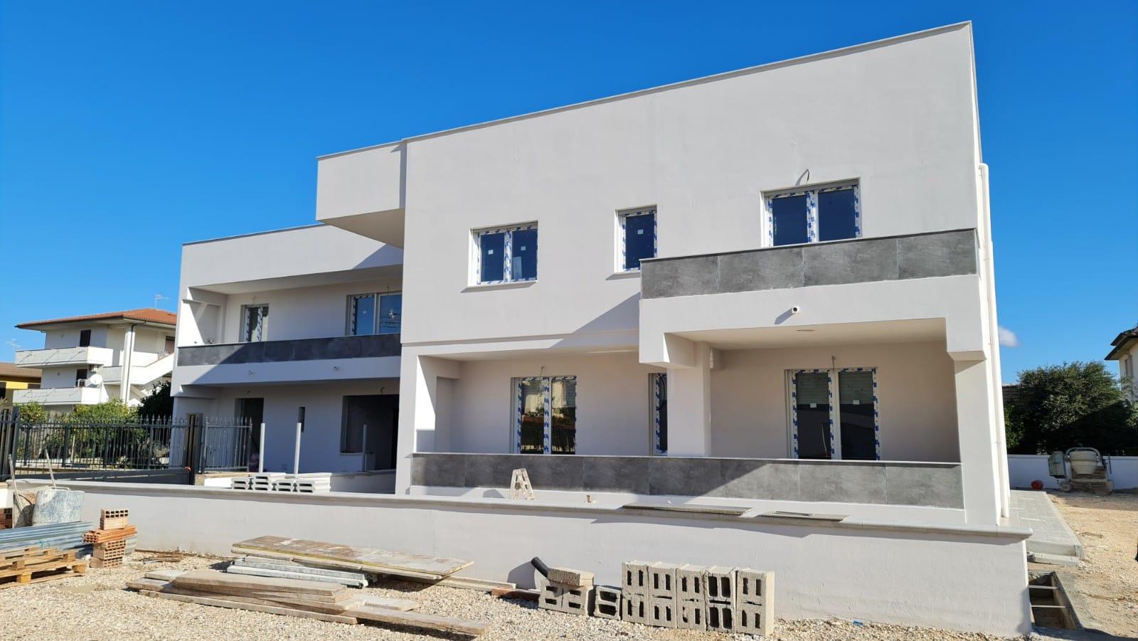 Cellole – 2 appartamenti di NUOVA COSTRUZIONE in zona centrale